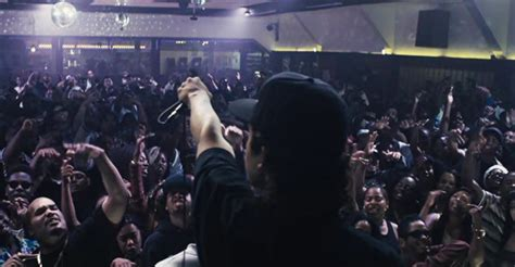 Straight Outta Compton (2015) Review | BasementRejects