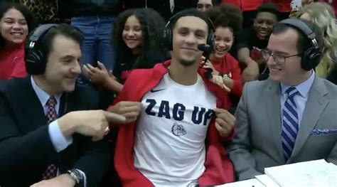 Five-star G Jalen Suggs becomes highest-rated recruit in