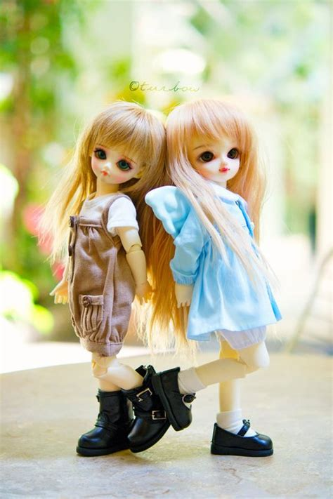 High Defination Wallpapers: BeAuTiFuL DoLlS wAlLPaPeRs