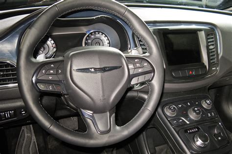 Chrysler 200 virtual factory tour: see how the redesigned