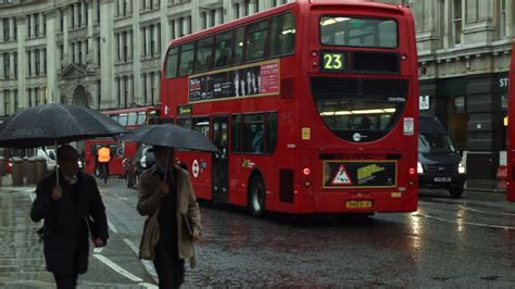 Circulation / Londres / Angleterre | HD Stock Video 619